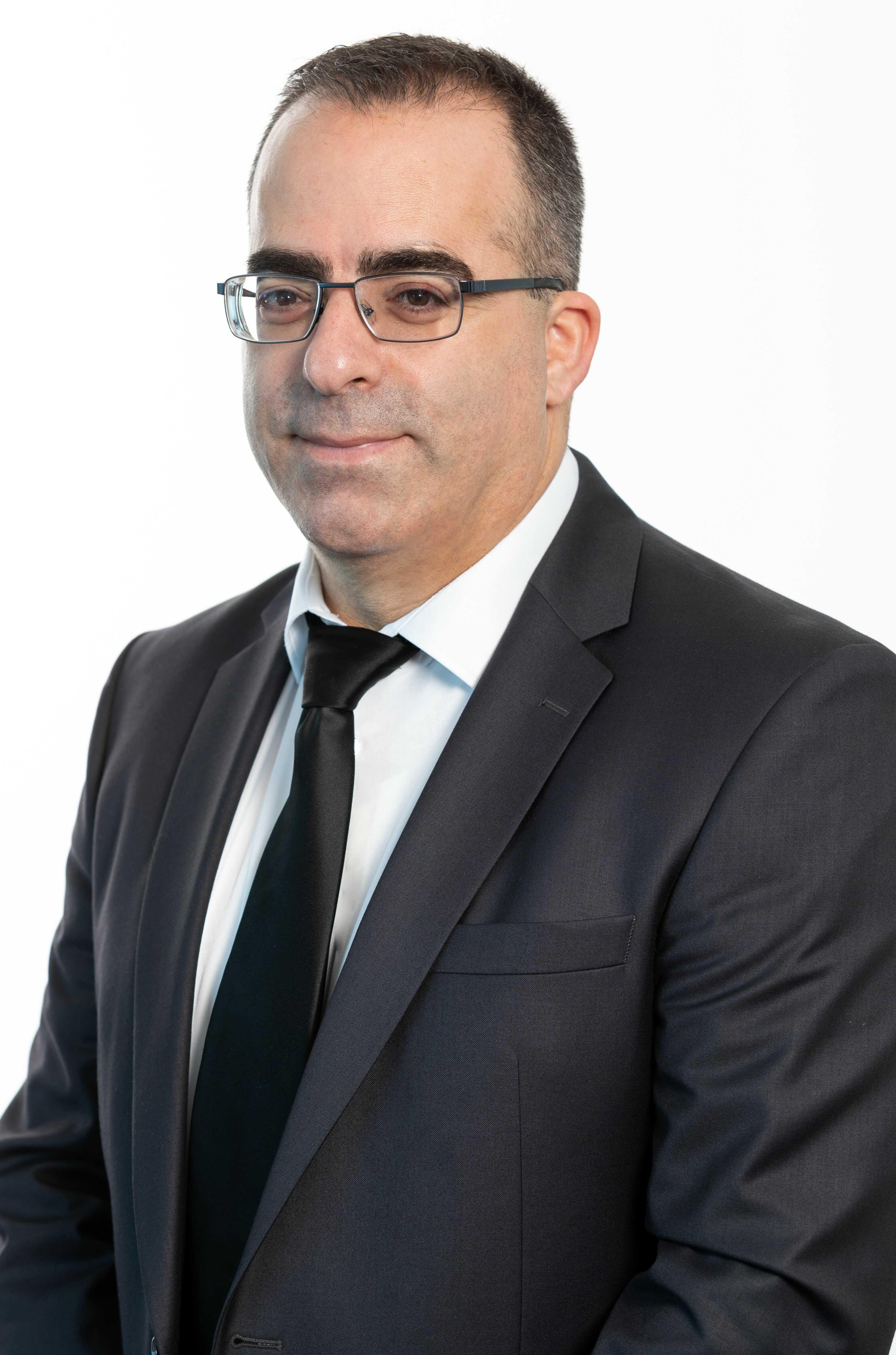 Adv. Reafel Yulzari